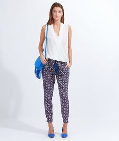 http://www.etam.com/pret-a-porter-pantalons-shorts/pantalon-fluide-imprime--lien-taille-pompons-647230226.html