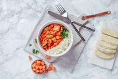 Dieses vegane Tempeh Rendang bringt Indonesien auf deinen Küchentisch. Nach vielen Asienreisen habe ich dieses absolute Lieblingsrezept für die österreichische/deutsche Küche zum zu Hause nachmachen abgewandelt! Tempeh, Berry, Dinner Ideas, Dinner Recipes, Healthy Dinner Options, Salad Recipes, Healthy Recipes, Weeknight Meals, Chana Masala