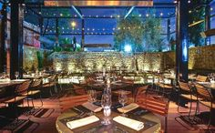 Sadie is a newly renovated LA venue featuring a beautiful patio courtyard, gorgeous furniture, and spacious parking lot. (Los Angeles, CA)