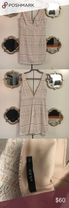 Lit Boutique Boston - Tan & White dress Slightly stretch. NWOT Ark & Co Dresses Mini