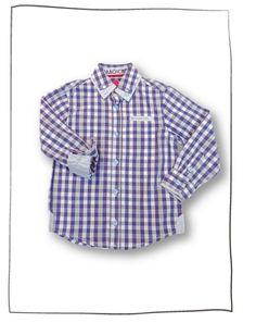ungen Hemd Boston   Das Hemd BOSTON  kariert in blue/weiß  ist ein schöner Klassiker fürJungs. Dieses Hemd besteht aus einem angenehm leichten Baumwollstoff mit ansprechendem Karomuster in blau und weiß. Das Kinderhemd hat einen modischen Kragen und schick schimmernde Knöpfe. Dieses Baumwollhemd wurde besonders hochwertig und detailgenau verarbeitet. Beste Qualität und ein klassisches Design machen das Hemd zum beliebten Kleidungsstück.