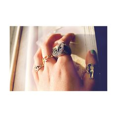 My little Brooklyn would love these rings ♥ Owl Jewelery ♥ Jewelry Box, Jewlery, Owl Ring, Ring Ring, Stylish Girl, Class Ring, Manicure, Fashion Jewelry, Vogue