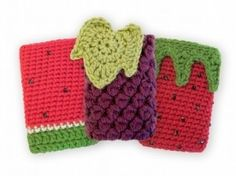Fundas de crichet para móviles. ¡Muy sabrosas y frescas! - translated: Crochet covers mobile. Very tasty and fresh!
