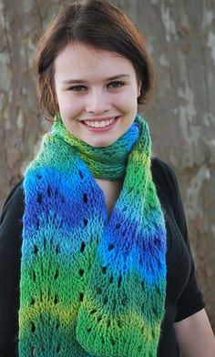 Loom Knit Feather and Fan scarf for Authentic Knitting board. Free pattern.