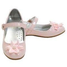 Pink flower accent dress shoe....