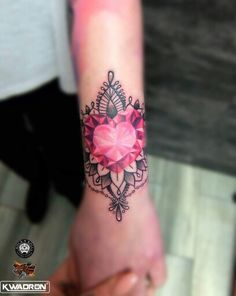Diamond heart tatoo