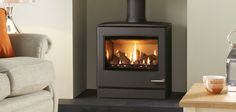 Gas Stove. With high efficiency technology The larger of the two new contemporary CL gas stoves from Yeoman, the CL5 has a highly realistic log effect fuel bed and sup ...