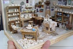 The BELIEVABLE Pottery Studio with Craig T. Roberts [14] : The Miniature Show, A Celebration of Artisans of Miniatures