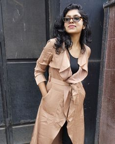 Trench coat love!! Get this @yoinscollection using INS15 for a 15% off! 🔔📲 #indianyoutuber #indianfashionblogger #fashioninfluencer…