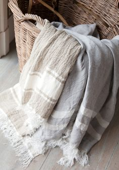Discover the versatile Libeco Belgian towel. Makes a great beach towel, sauna towel, throw, wrap - this gorgeous multipurpose linen towel does it all. Linen Towels, Guest Towels, Bath Towels, Shooting Box, Co2 Neutral, Relaxation Room, Bath Linens, Linen Bedding, Bed Linen
