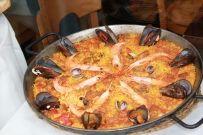 Παέγια με καραβίδες και θαλασσινά (caldero)