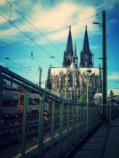 Kölner Dom vs. Liebesschlösser #Köln #Dom #Liebe