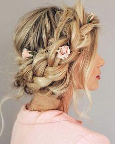 Dutch crown braid for boho bride #bride #updo #braids #wedding
