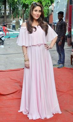 Mommy to be kareena glowing in pink off shoulder dress ,spotted in mehboob studio.