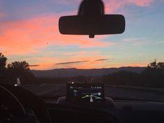 Céu azul e rosa