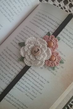 Crochet Bookmark/Bookmark/flower Bookmark/Gift For Teacher/Personalized/Gift/Teacher Gift/Birthday Gift/Initial Bookmark/Unique/Mother's Day