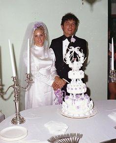 Phillips - New Wedding 1970s Wedding, Vintage Weddings, Wedding Portraits, Wedding Photos, Fountain Wedding Cakes, Dream Dress, Marie, Wedding Gowns, 1960s