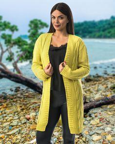 Cumpără un cardigan pufos pentru diminețile reci de noiembrie... 🍃 🍂 🍁 Noiembrie, Cardigan, Sweaters, Fashion, Moda, Fashion Styles, Sweater, Fashion Illustrations, Sweatshirts