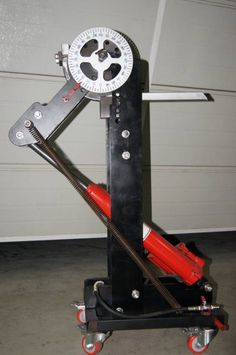 Pipe Bender with hydraulic force input and a protractor for angle measurement.