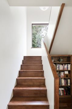 Gallery of Les Elfes / Alain Carle Architecte 4 House Stairs Alain Architecte Carle Elfes Gallery les Stair Railing Design, Home Stairs Design, Stair Handrail, Interior Stairs, Demis Murs, Brick Cladding, Stair Walls, Stairs Architecture, House Stairs