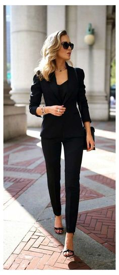 Business Professional Outfits, Business Casual Outfits For Women, Stylish Work Outfits, Business Fashion, Business Women, Work Outfits For Women, Summer Business Outfits, Women's Professional Clothing, Professional Attire For Women