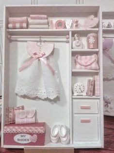 54 Ideas For Baby Toys Sketch Vitrine Miniature, Miniature Rooms, Miniature Furniture, Doll Furniture, Dollhouse Furniture, Boite Explosive, Baby Frame, Box Frames, Baby Cards