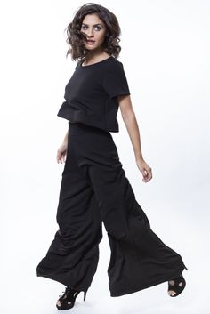 Cropped preta + pantalona preta http://mhostore.com/