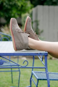 Kick back this summer in the TOMS Women's Mateo Chukka Booties, Inspired by our men's collection. This suede bootie features a sleek minimalistic design making it the perfect addition to any wardrobe.