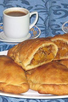 Μια μαμαδίστικη παραδοσιακήσυνταγή για τις αγαπημένες κολοκοτές. Δυοαπό τα μυστικά τους είναι να ξεφλουδίσετε τηνκολοκύθα, να την κόψετε, να την αλατίσετε και να τη βάλετε για 2-3 ώρες ή ολόκληρο ... Read More Bread, Recipes, Food, Brot, Recipies, Essen, Baking, Meals, Breads