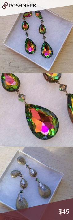 Elegant Earnings Gorgeous earnings! They are mostly green but shine pink and yellow. Great for a pageant, wedding or a night out! High fashion earrings!! Jewelry Earrings