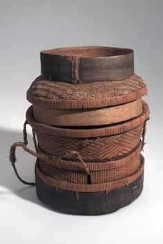 Africa | Lidded basket from the Pende people of Congo (Belgian Congo) | Plant fiber | ca. 1910