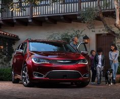 The new Pacifica has been revealed back in 2016 and it went on sale shortly after that. The car is a unique minivan as it offers one of the most impressive designs on the market.