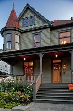House Exterior Paint Colors Front Porches Ideas For 2019 Victorian Homes Exterior, Victorian Porch, Victorian Style Homes, Modern Farmhouse Exterior, Victorian Architecture, Victorian Houses, Folk Victorian, Victorian Design, Architecture Design
