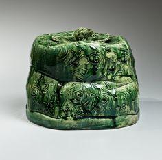 Suzuki Goro, Japanese glazed stoneware, Japanese oribe-glazed water jar. Japanese oribe mizusashi, ca. 1996