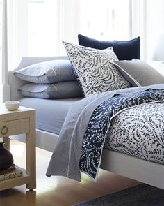 Discover luxury duvet covers and shams from Serena & Lily and find the perfect bedding for your master and guest bedrooms. Luxury Duvet Covers, Bed Duvet Covers, Luxury Bedding Sets, Blue And White Bedding, Blue Bedding, Duvet Bedding, Comforter Sets, Coastal Bedrooms, Guest Bedrooms