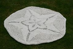 Sand Dollar Baby Blanket by Daniel Yuhas / Photo               by Bria Phillips