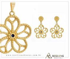 este lindo conjunto só em www.mercadodejoias.com    @resiliensbrutos    #semijoias #acessorios #Jewel #amei #brincos #itgirl #moda #tendencias #jewelry #today #amomuito #saopaulo #estilo #glamour #folheados #bruto #bijouterias #bijoux #altabijoux