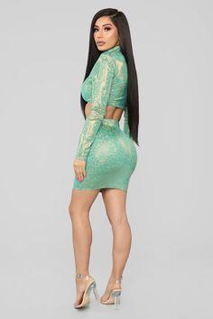 Shining Star Holographic Skirt Set - Jade/Combo Tight Dresses, Sexy Dresses, Nice Dresses, Curvey Women, Sexy Women, Sexy Outfits, Chic Outfits, Fashion Models, Girl Fashion