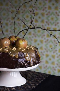 Kreisi kinuski-omena-suklaa-Snickers kakku - ku ite tekee