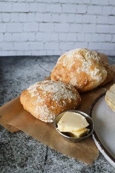 Cooking Bread, Bread Bun, Dough Recipe, Food Hacks, Food Videos, Bread Recipes, Baked Goods, Sweet Recipes, Food To Make