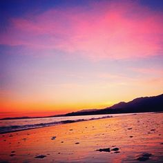 Orance, pinks and purple, oh my! Look at this spectacular Santa Barbara sunset! Image by insatagram fan lance684