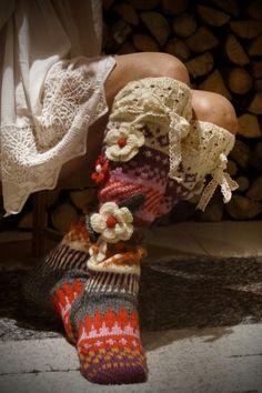 Ankortit Thigh High Socks, Knee Socks, Wool Socks, Knitting Socks, Knitting Projects, Crochet Projects, Crochet Ideas, Comfy Socks, Thick Socks