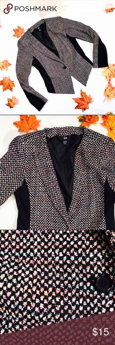 """👀 MOSSIMO 👀 Tweed Blazer Adorable tweed blazer jacket, has light shoulder pads. Fully lined.               CONDITION: EUC, no issues  CHEST: 34"""" WAIST: 31"""" LENGTH: 18""""-23"""" INSEAM: *All measurements taken while item is laid flat (doubled when necessary) and measured across the front  MATERIAL: Acrylic polyester nylon rayon spandex STRETCH: some  INSTAGRAM @ORNAMENTALSTONE 🚫Trading  🚫Modeling Mossimo Supply Co Jackets & Coats"""