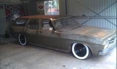 Low hq Holden Wagon, Holden Kingswood, Aussie Muscle Cars, Old School Cars, Luxury Suv, Drag Cars, Station Wagon, Hot Cars, Harley Davidson