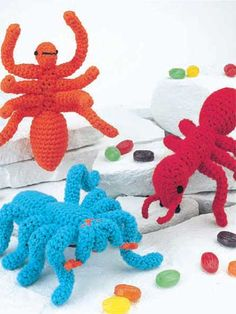 crochet bugs. these are super fun! great boys gift and can be done in any color.
