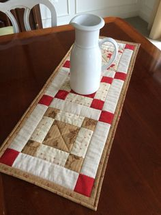 Red Beige & White Quilted Table Runner Country by seaquilt
