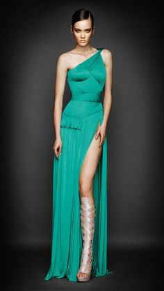 designer dresses, versace | Prom dresses designer | Prom dresses designers 2011 | Trending Fashion