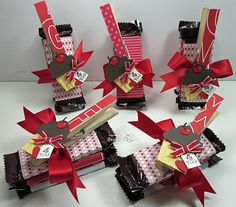 pinner says - Candy Bar Wraps...these are way fun to make! I like the new spin with closepins