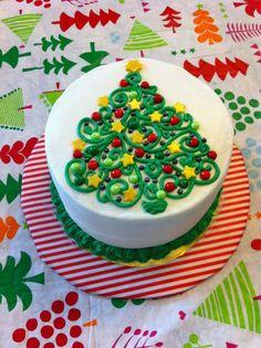 Swirly Christmas Tree cake - Swirly Christmas tree buttercream design with fondant stars and candy pearls. Christmas Cake Designs, Christmas Tree Cake, Christmas Cake Decorations, Christmas Cupcakes, Christmas Sweets, Holiday Cakes, Christmas Baking, Christmas Wedding, Xmas Tree