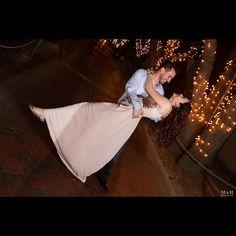 Session casual Alicia & Jorge #wedding #boda #weddingfashion #weddingstyle #weddingceremony  #weddingprep #weddingdress #weddingphotography #weddinginspiration #bouquet #weddingplanner  #ring #brides #novias #ramodenovia #canon #romantic